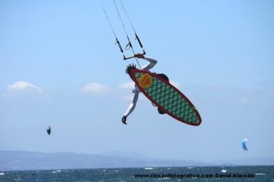 Tarifa prueba strapless kitesurf mundial